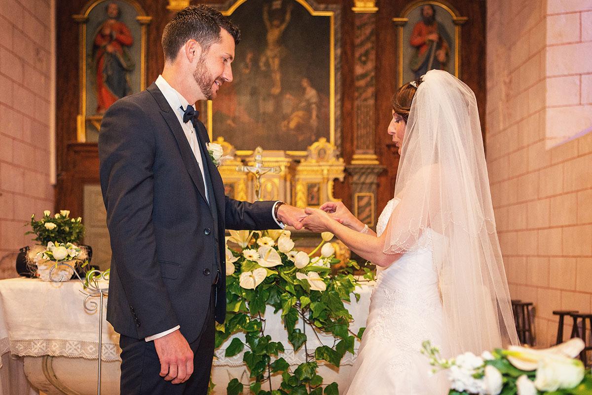 Mariage église échange alliance