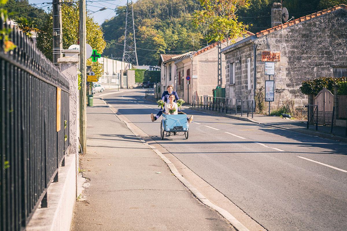 Mariage tricycle descente