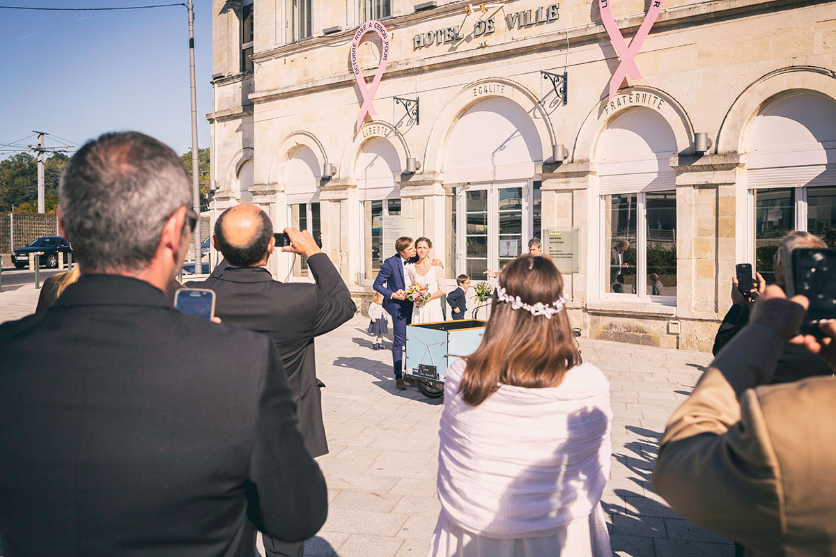 Mariage tricycle mairie