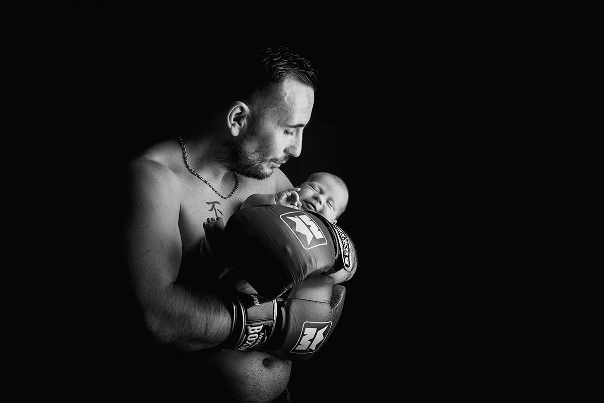 studio boxeur naissance low key noir et blanc
