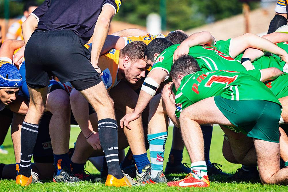 LRRA dans la mélée rugby Lormont aquitaine